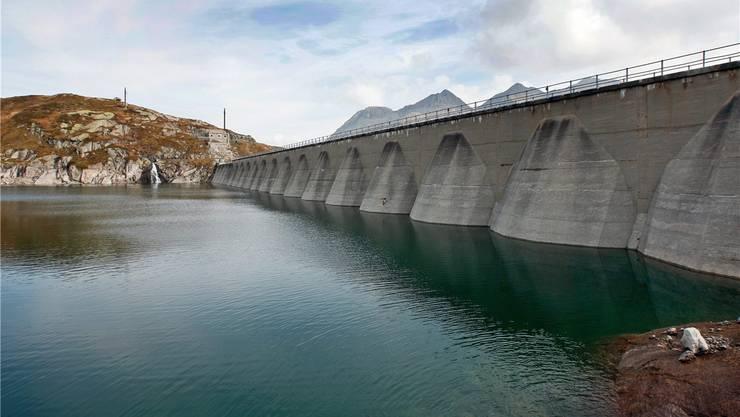 Speicherkraftwerk Lucendro: Von Alpiq an Azienda Elettrica Ticinese (AET).