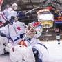 ZSC-Goalie Niklas Schlegel kann die 4:5-Niederlage in Bern nicht abwenden