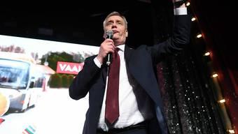 In Finnland stellen die oppositionellen Sozialdemokraten erstmals seit 20 Jahren wieder den Regierungschef: Parteichef Antti Rinne hat Grund zum Feiern.