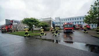 Beim Übungseinsatz waren alle Feuerwehren des Bezirksfeuerwehrverbands im Einsatz.
