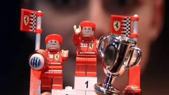 Legofigürchen im Ferrari-Outfit