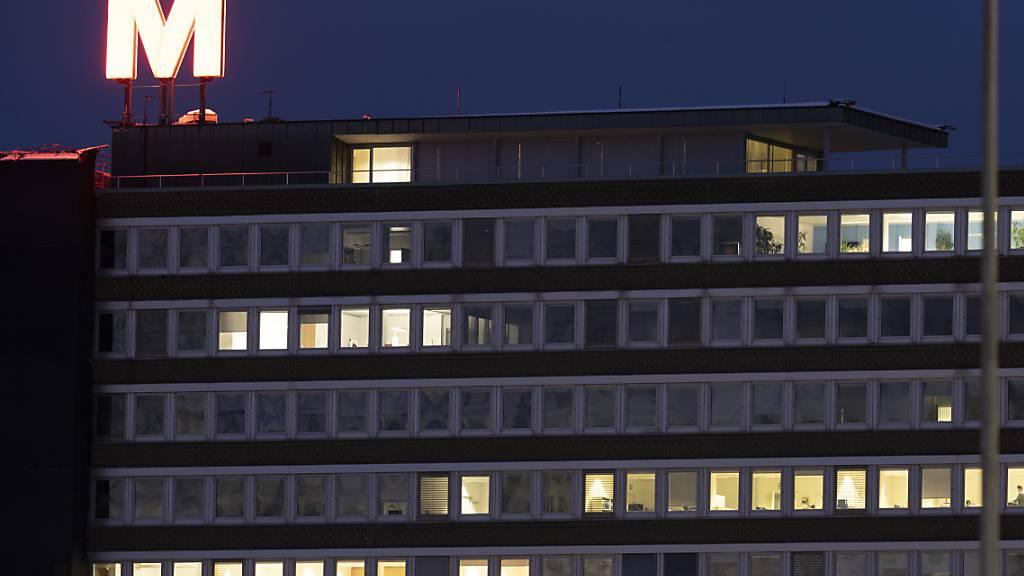 Das Bürogebaeude der Genossenschaft Migros Zürich an der Pfingstweidstrasse, fotografiert am 18. Januar 2021.