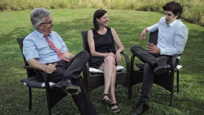 Am 1. Juli versprachen Oskar Kämpfer (SVP), Christine Frey (FDP) und Marc Scherrer (CVP), was sie am Freitag einlösten: Einen einvernehmlich gefundenen Kandidaten. Foto: Roland Schmid
