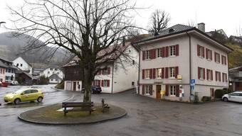 In der Thiersteiner Gemeinde Meltingen können sich CVP, FDP und Gemeindepräsident Gérard Zufferey nicht einigen.
