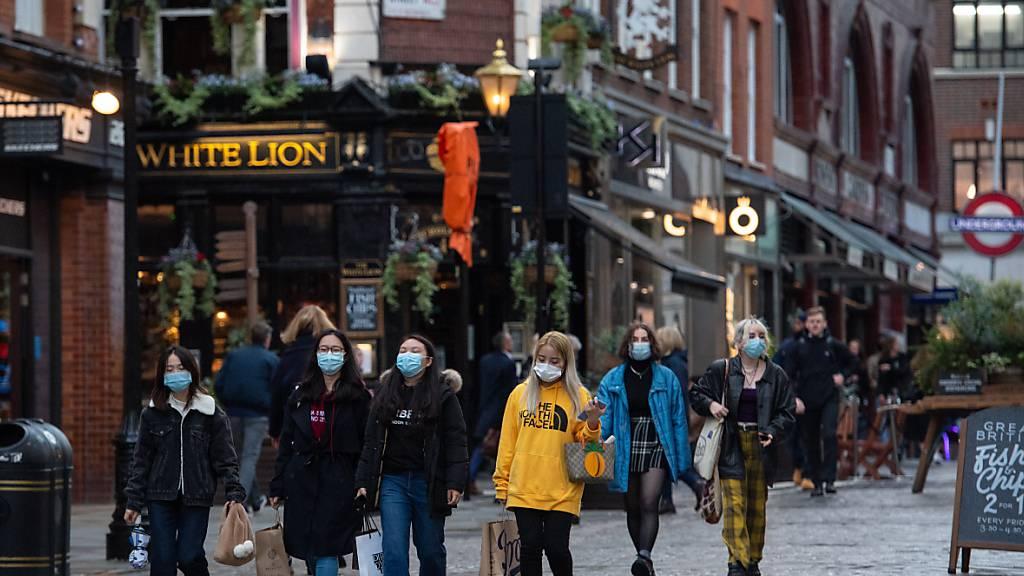 Mehr als 21.000 neue Corona-Infektionen in Grossbritannien