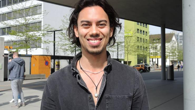Joel, 24, Windisch, Informatik: «Ich bin im Sommer viel an der Aare. Ansonsten kenne ich keine Sehenswürdigkeiten in Brugg, obwohl ich in Windisch wohne. Im Campus Cinema war ich jedoch schon mehrmals, da ich manchmal bei ‹Musik und Mensch› mitmache.»