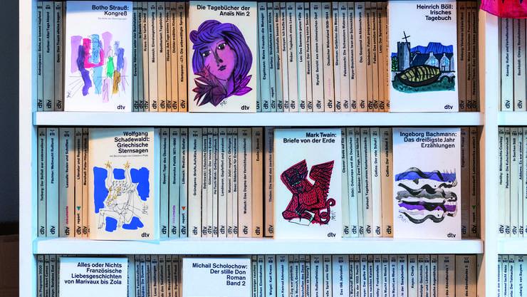 Für dtv kreierte er rund 6300 Buchcovers.