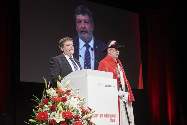 Landammann Roland Heim hält seine Festansprache.