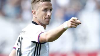 Doppeltorschütze Marc Janko weist dem FCB den Weg: Der Meister ist bereits alleiniger Leader