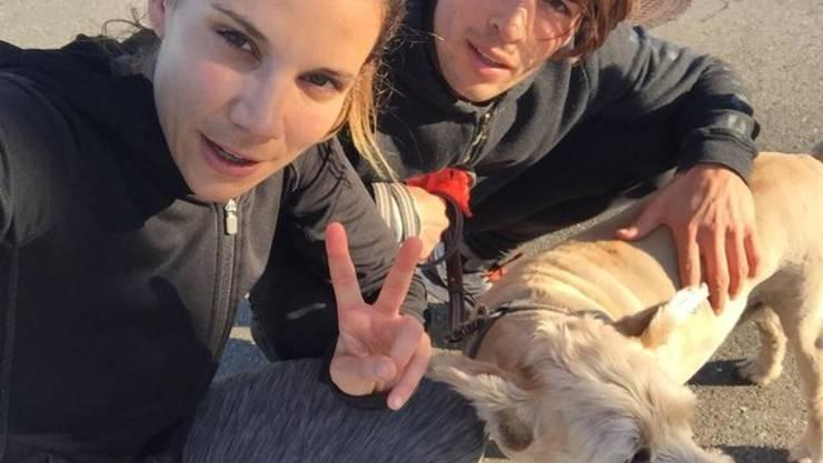 Schwanger oder nicht: Für Mirjam Jäger (l.), die mit Ex-Bachelor Rafael Beutl ihr erstes Kind erwartet, gehören Sport und Haarefärben ganz einfach dazu.