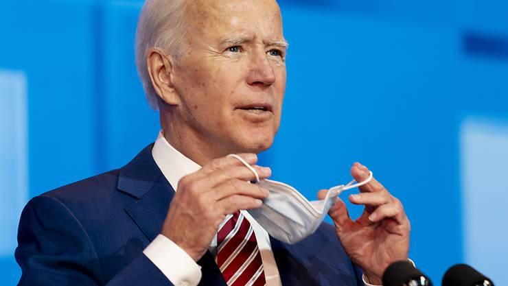 Der neue US-Präsident Joe Biden hat die Bekämpfung der Corona-Pandemie zu den vorrangigen Zielen seiner Präsidentschaft erklärt. Die Zahl der Infizierten und Toten steigt derweil weiter stark an. (Archivbild)