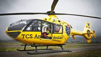 Der TCS-Rettungsheli startet vom Birrfeld aus.