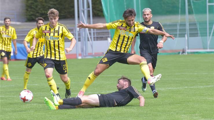 Gelb und schwarz aber nicht YB: Die Old Boys in der Promotions League. NIZ