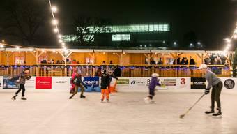 Das Eisfeld beim Fachhochschulcampus Brugg-Windisch und das Chalet waren während 54 Tagen in Betrieb.