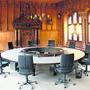 In der Basler Regierung kommts zum Sesselrücken. Rot-grün beansprucht vier von sieben Sitzen.