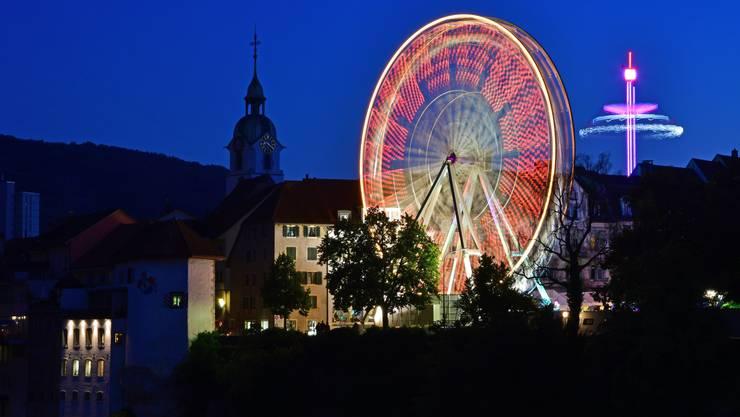 Das Riesenrad auf dem Klosterplatz gehört seit je zur Oltner Chilbi.