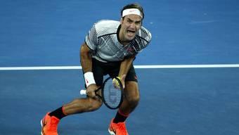 Roger Federer ist nach seinem Sieg am Australian Open 2017 von den Emotionen überwältigt.