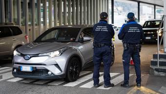 Die Grenze zu Italien bleibt vorläufig geschlossen.