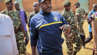 Burundis Präsident Nkurunziza bei der letzten Wahl im Juli 2015 (Archivbild)