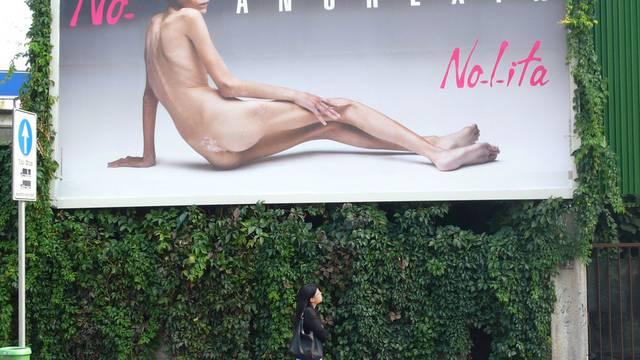 Mit diesem Plakat wollte Caro auf die Gefahren der Magersucht hinweisen (Archiv)