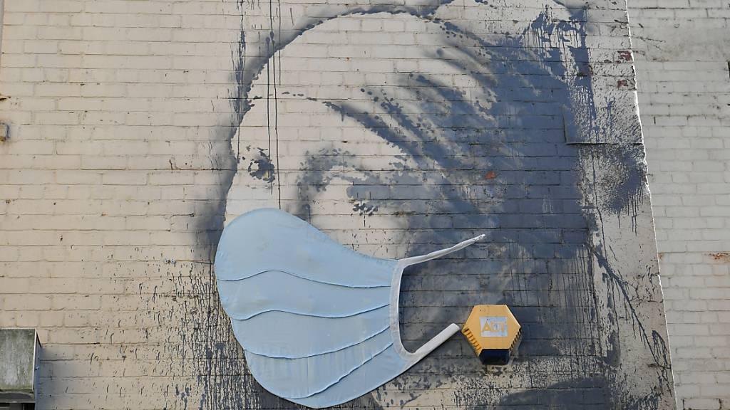 Neue Banksy-Bilder in U-Bahn - Behörde wischt Kunstwerke weg