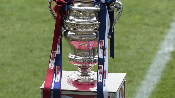 Das Objekt der Begierde im Schweizer Cup: die Sandoz-Trophäe