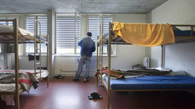 Blick in ein Zimmer in der Empfangs- und Verfahrenszentrum Basel (Archiv)