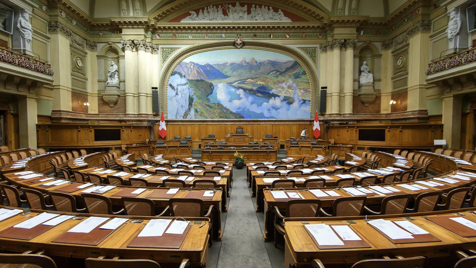 In der Coronakrise musste das Parlament das Feld räumen. In Zukunft soll dies nach dem Willen von Parlamentariern anders sein.