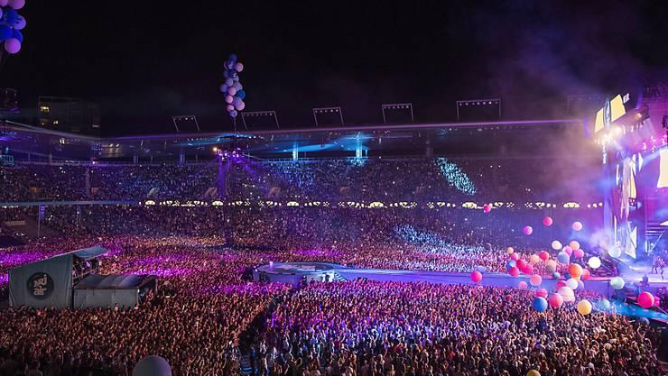Im Stade de Suisse in Bern hat am Samstagabend erneut das Energy Air stattgefunden und tausende Musikfans begeistert. (Archivbild)