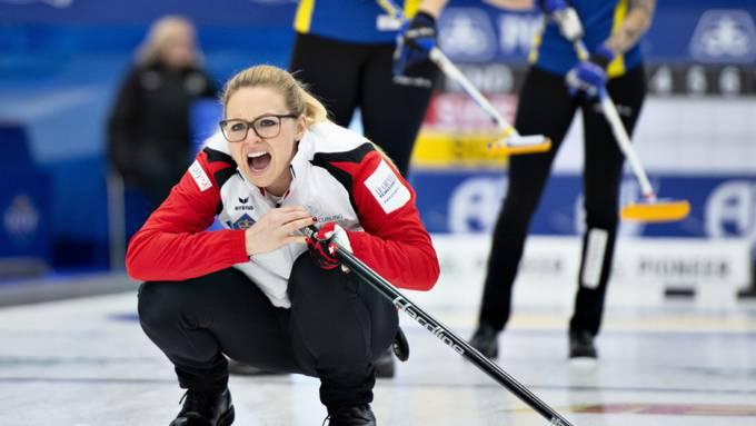 Scharfe Befehle sind im Curling unabdingbar. Alina Pätz macht es vor