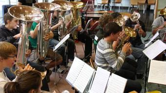 Die Musiker der Jugend-Brass-Band können von der Probezeit auf dem Herzberg stark profitieren.
