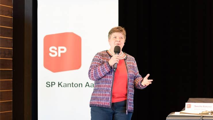 Anja Gestmann an ihrer Nomination zur Nationalratskandidatin am SP-Parteitag in Zofingen im Januar.