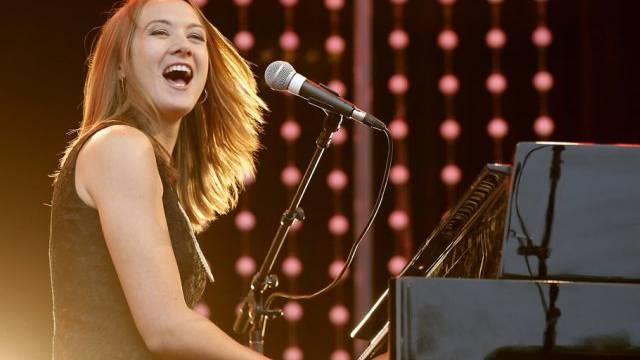 Sophie Hunger tut, was ihr andere Musiker ins Ohr trällern (Archiv)