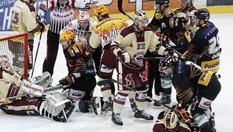Das Spiel in Bern war heiss umkämpft