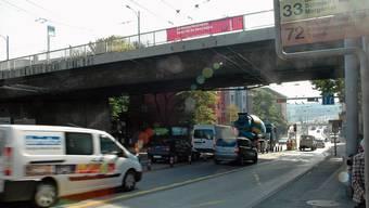 Ewiges Provisorium? Seit 1972 dient die Rosengartenstrasse als Hauptverkehrsachse.
