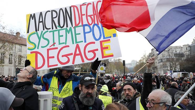 Proteste gegen Macrons Rentenreform in Paris: Am Dienstag gingen wieder Hunderttausende im ganzen Land auf die Strasse.