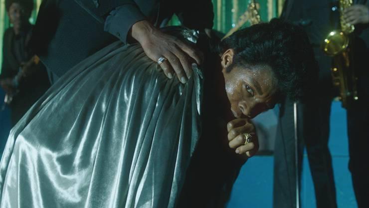 Für die Rolle als Bühnenwirbelwind James Brown hat er viel geschwitzt und Tanzen gelernt: Der sensationelle Newcomer Chadwick Boseman. Universal