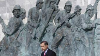 Der türkische Präsident Erdogan beim Denkmal in Gallipoli.