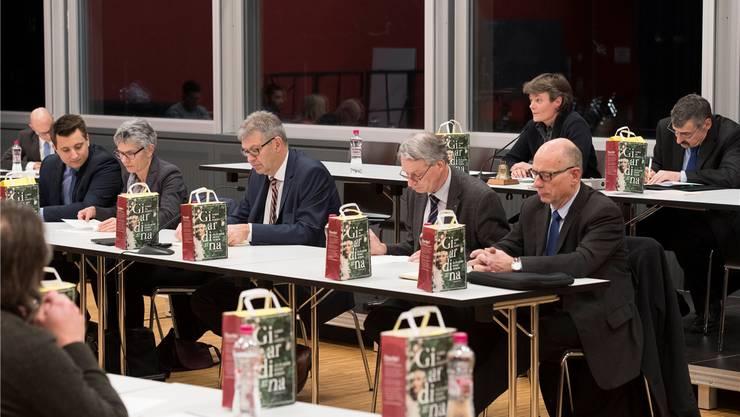 Stadtammann Daniel Mosimann flankiert von Vizeammann Franziska Möhl und den Stadträten Andreas Schmid (links) sowie Martin Steinmann und Martin StücheliArchiv ASP
