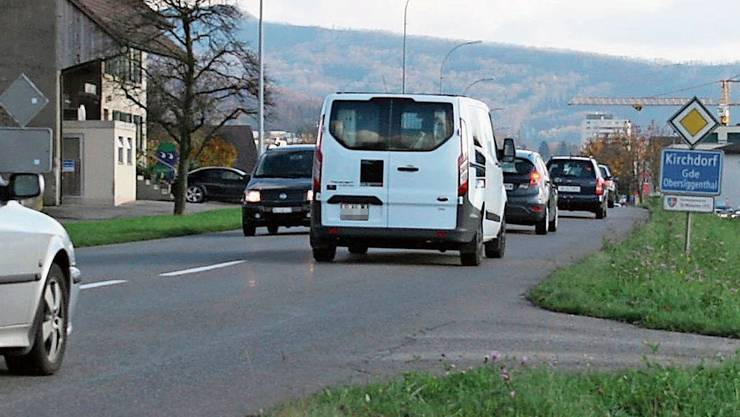 Der Autofahrer wurde auf der Landstrasse in Kirchdorf geblitzt.