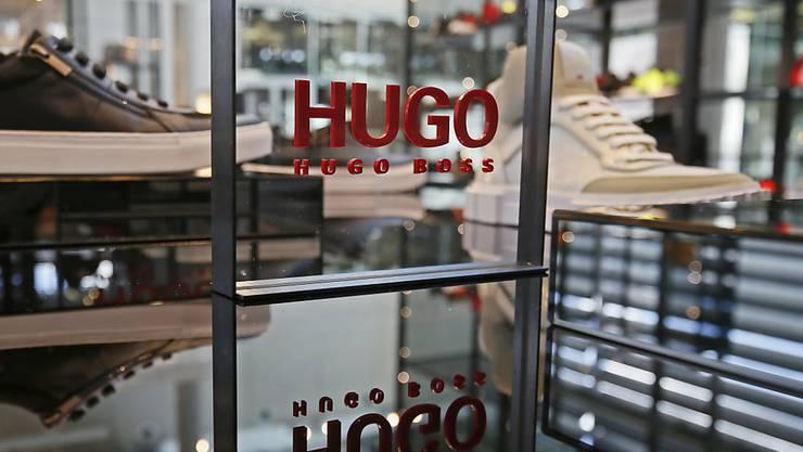 Ein wieder anziehendes Geschäft in den USA und mehr Online-Verkäufe stimmen den Edelschneider Hugo Boss optimistisch für das laufende Jahr. (Archiv)