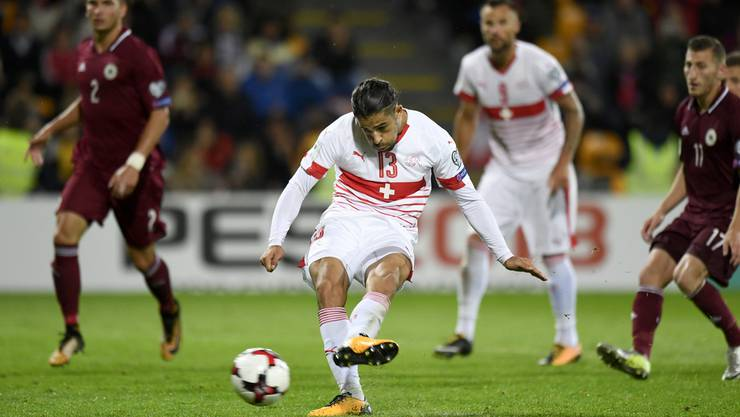 Ricardo Rodríguez trifft mittels Penalty zum 3:0.