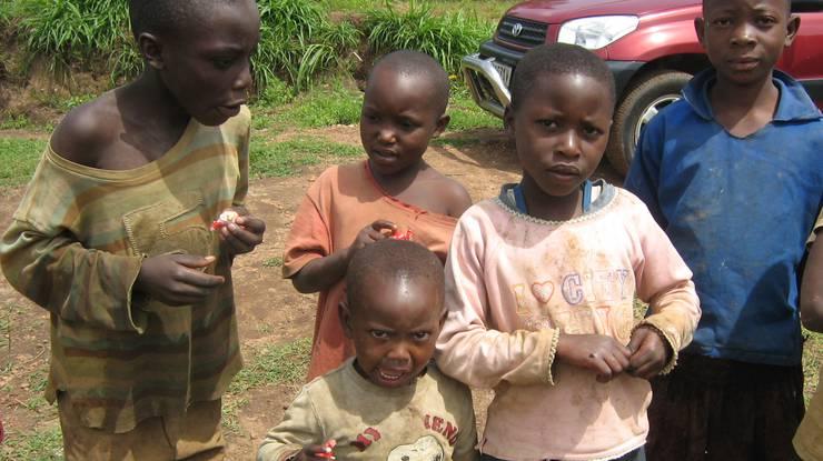 Die Kinder in Ruanda sind Ihnen für Ihre Spenden sehr dankbar.