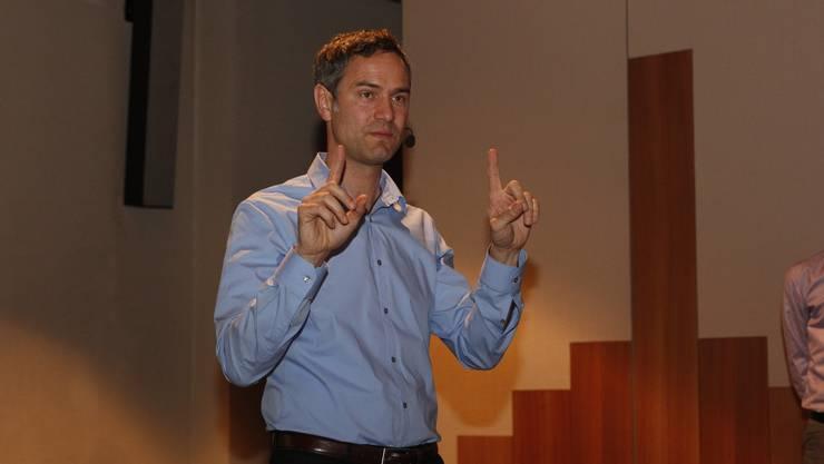 Daniele Ganser, umstrittener Vortragsredner und beliebt in der Szene der Verschwörungstheoretiker.