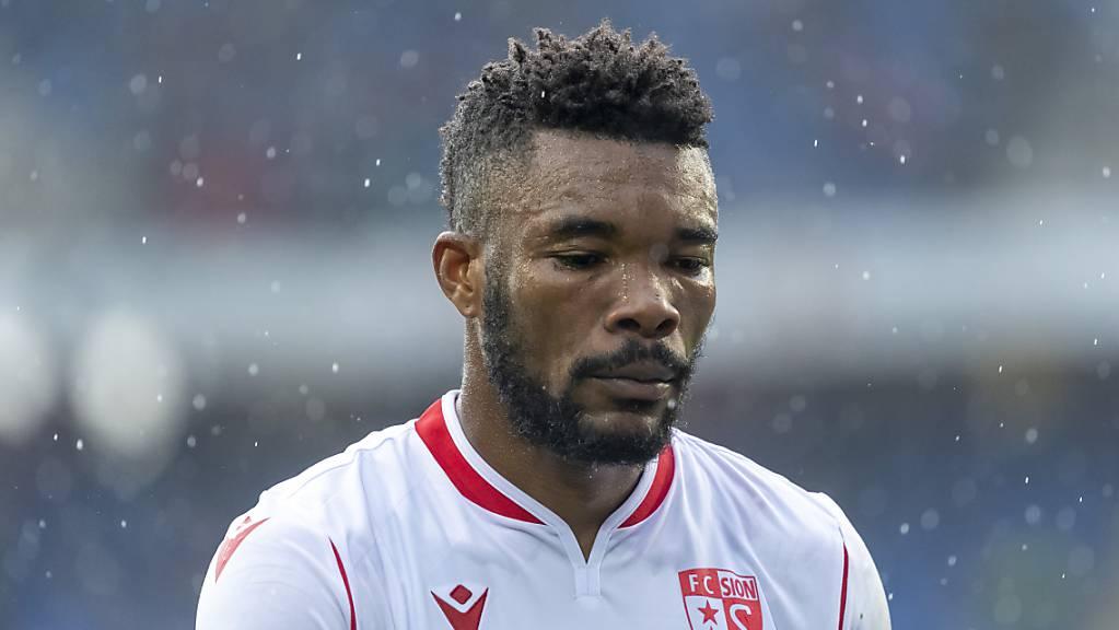 Geoffroy Serey Dié hält seine Knochen bis 2023 für den FC Sion hin.