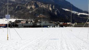 Industriegebiet Oensingen: Die Profile zeigen den Standort des geplanten Betriebsgebäudes von Swiss Nutrivalor an. Fotos: wak