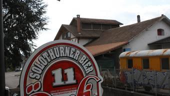 Die heutige Öufi-Brauerei mit den Resten der ehemaligen Brauerei Heidenhubel im Hintergrund.