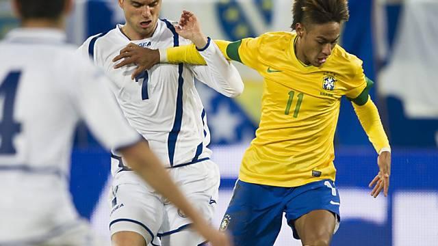 GC verpflichtet Sanel Jahic (links, hier gegen Brasiliens Neymar)