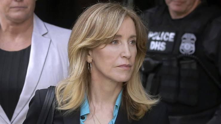 """Ihr drohen wegen Bestechung mehrere Jahre Haft: US-Schauspielerin Felicity Huffman (""""Desperate Housewives""""). (Archivbild)"""