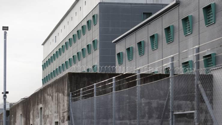 Wie den Häftlingen der Ausbruch aus diesem Gefängnis gelang, wird untersucht - und auch, ob Massnahmen zu ergreifen sind. (Archivbild)
